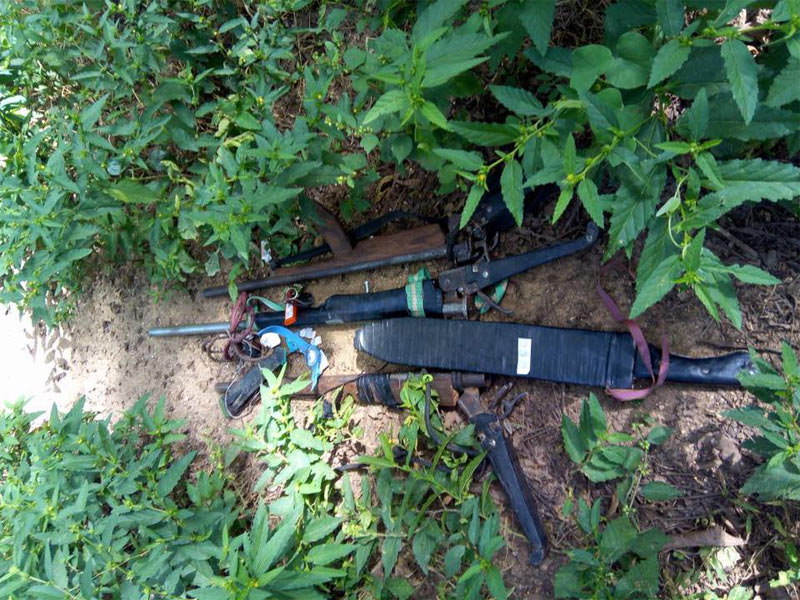 Kidnappers flee, abandon their arms after shootbout with Nigerian Army