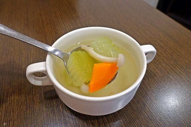 豪滋味養生蔬食~台北捷運行天宮站素食
