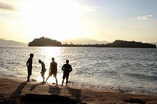 Pagi Hari di Pulau Saronde