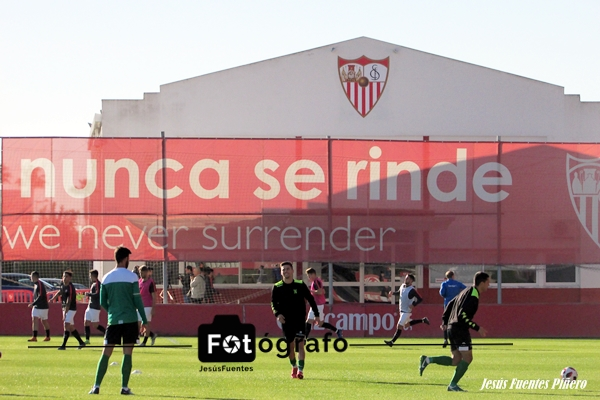 Galería de fotos Sevilla Atlético - Atlético Sanluqueño