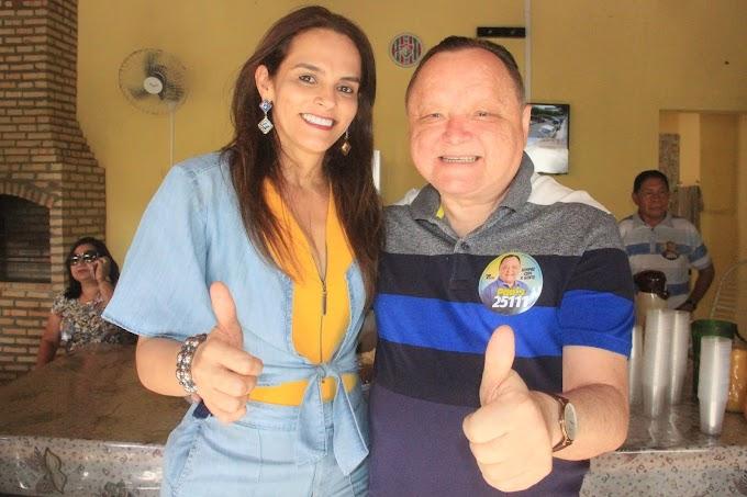 """""""A minha emoção é grande, meu sentimento é de gratidão""""; diz Carmem Neto após lançamento de Campanha de Paulo Neto em Mata Roma."""