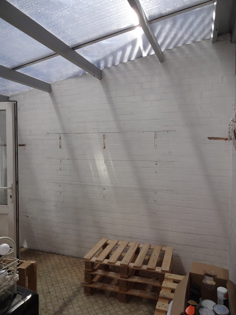 single skin wall in conservatory