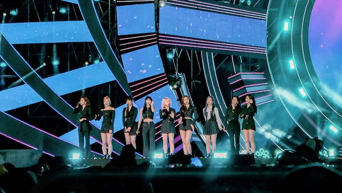 Twice Kpop sbs super concert in gwangju