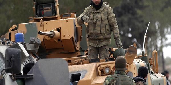 Συρία: Σφυροκοπείται η Αφρίν από τουρκικές αεροπορικές επιδρομές - Σφοδρές μάχες με τους Κούρδους   Bίντεο