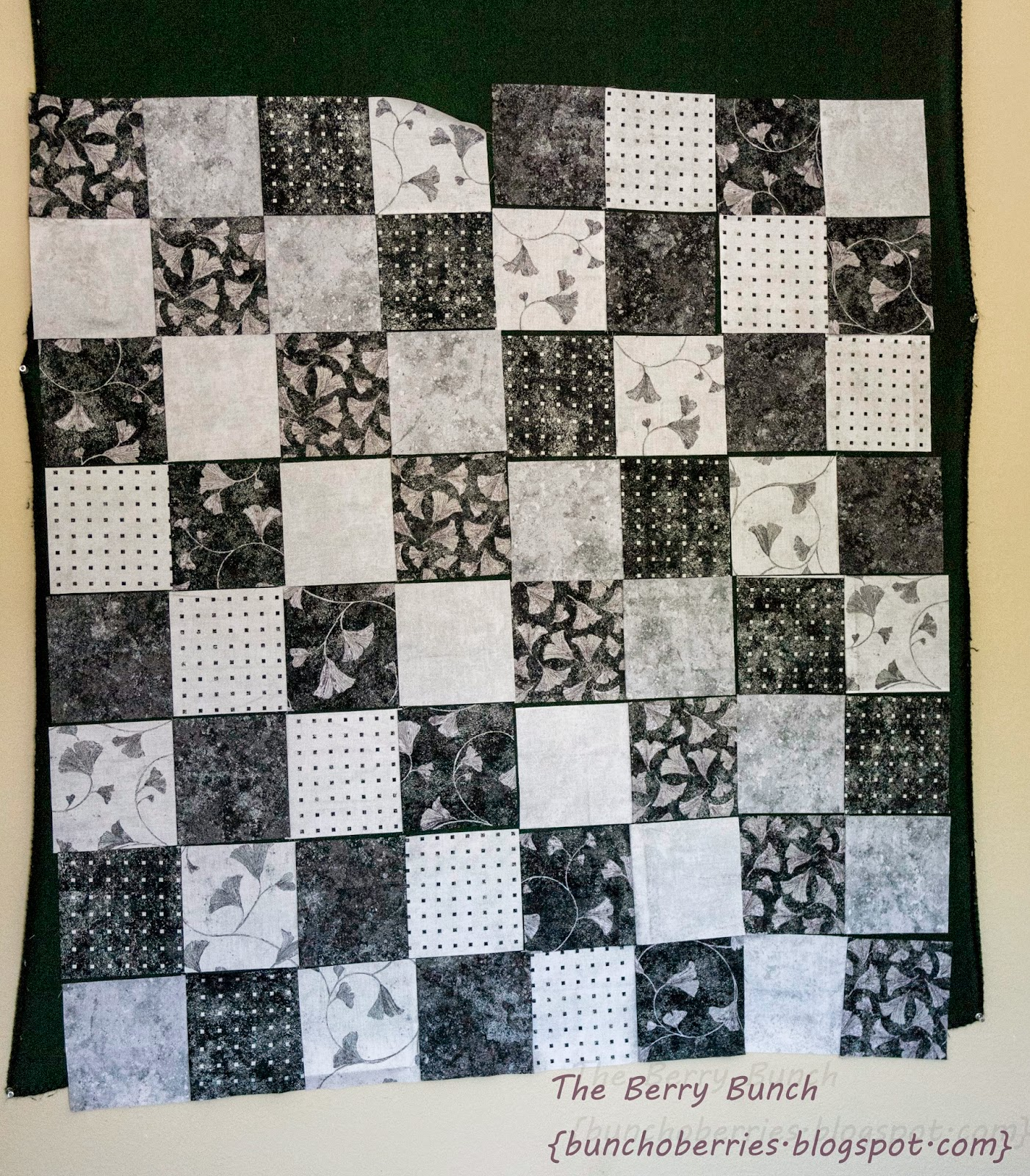 The Berry Bunch: 2015 Finish-A-Long: Northcott Stonehenge Chess Quilt