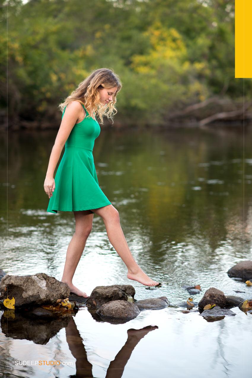 Skyline High Senior Pictures Girl poses Ann Arbor - Sudeep Studio.com