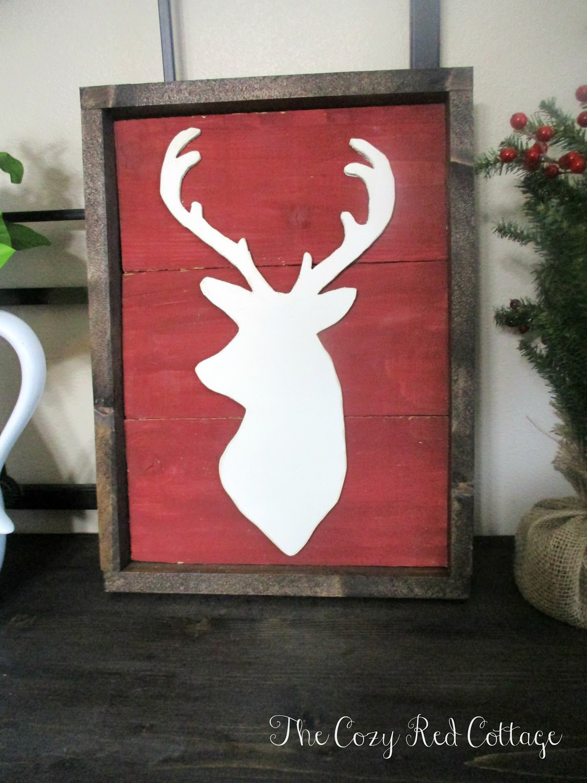 The Cozy Red Cottage: Rustic Pallet Christmas Sign