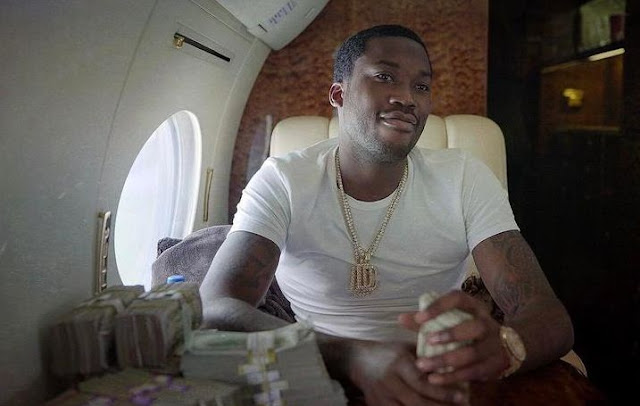 """Meek Mill said He Don't Fight, He's A Don,He """"Ain't No Beef"""" With Safaree"""