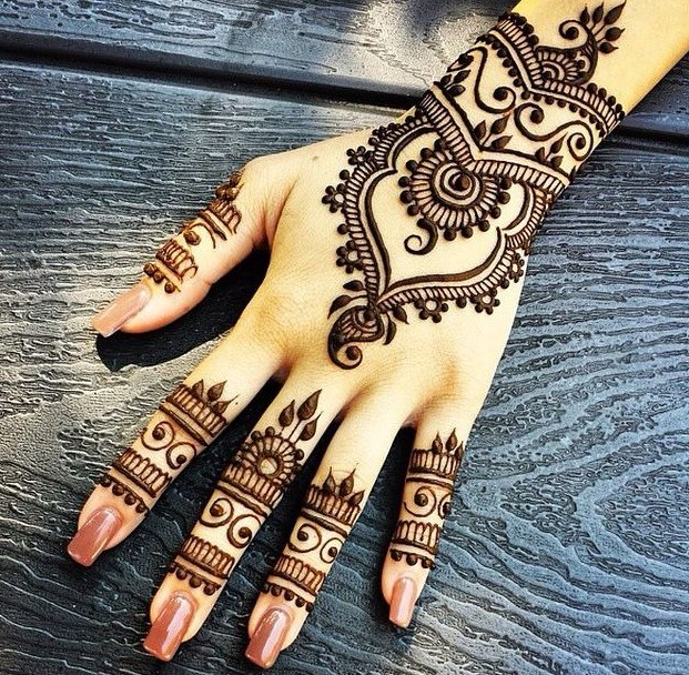 mehendi designs simple