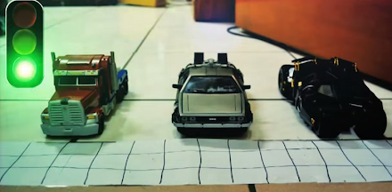 Batmobil, Transformer und DeLorean Stop Motion Autorennen (1 Clip )