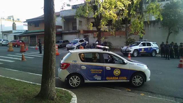 GCM de Guarulhos equipe da Inspetoria Regional Leste, realizou operação bloqueio para inibir motos irregulares
