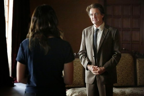 Kyle MacLachlan as Skye's father Cal in Agents of S.H.I.E.L.D.