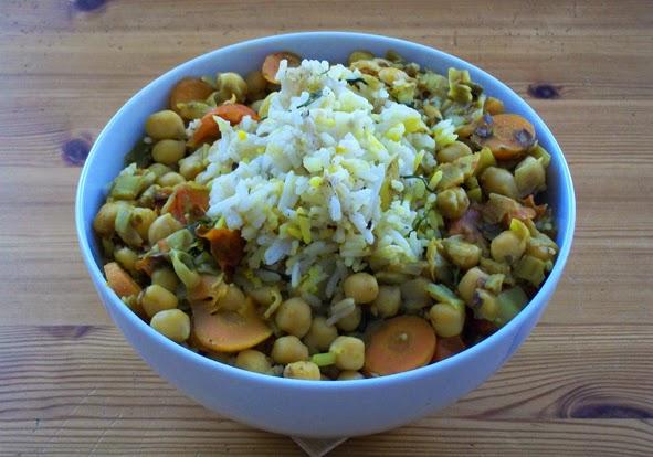 veganes Kichererbsen-Curry mit Dill-Reis