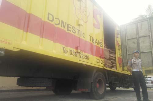 Kayu Sonokeling Ilegal Diamankan Polda NTB