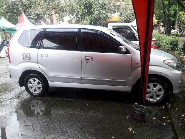 harga bekas Toyota Avanza G tahun 2010