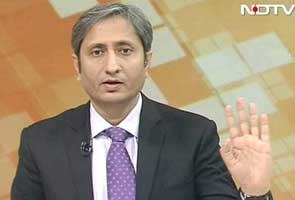 After NDTV senior executive editor Ravish Kumar aired his Prime Time show on Friday, Veteran journalist Nikhil Wagle tweeted saying it was historic.  Among other things, in the 40 minute plus show, Ravish blackened the TV screen urging his viewers to close their eyes and listen to him with an open heart.  In a week, TV  anchors and lawyers, among others, going on a rampage and branding JNU students as traitors, the Prime Time was was just what doctors would have prescribed.
