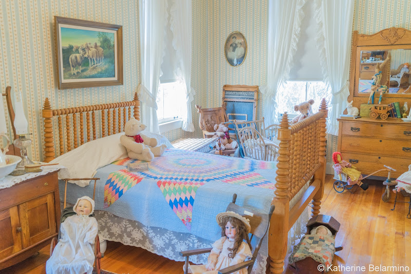Stagecoach Inn Museum Bedroom Guide to Conejo Valley Weekend Getaway