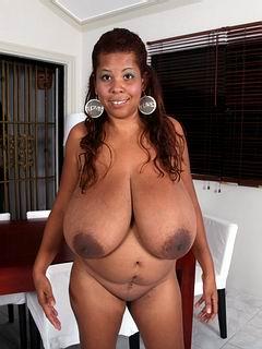 Vanessa Del Big Tits 34