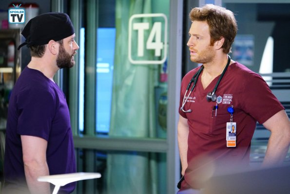 """NUP 185817 0554 595 Spoiler%2BTV%2BTransparent - Chicago Med (S04E14) """"Can't Unring That Bell"""" Episode Preview"""