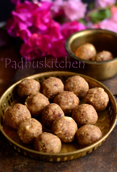atta ladoo-wheat flour laddu