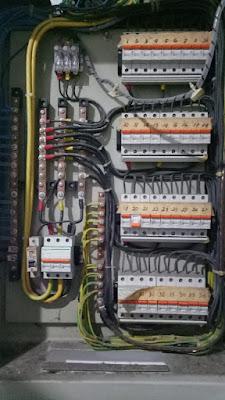 jasa rakit dan pasang panel listrik 082299093210