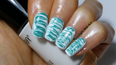 Beginner Drag Marble Nail Art in White & Green - Needle Tutorial