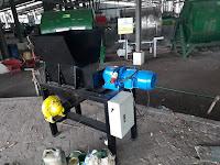 Manfaatkan Mesin Shredder untuk Mencacah Limbah Pabrik