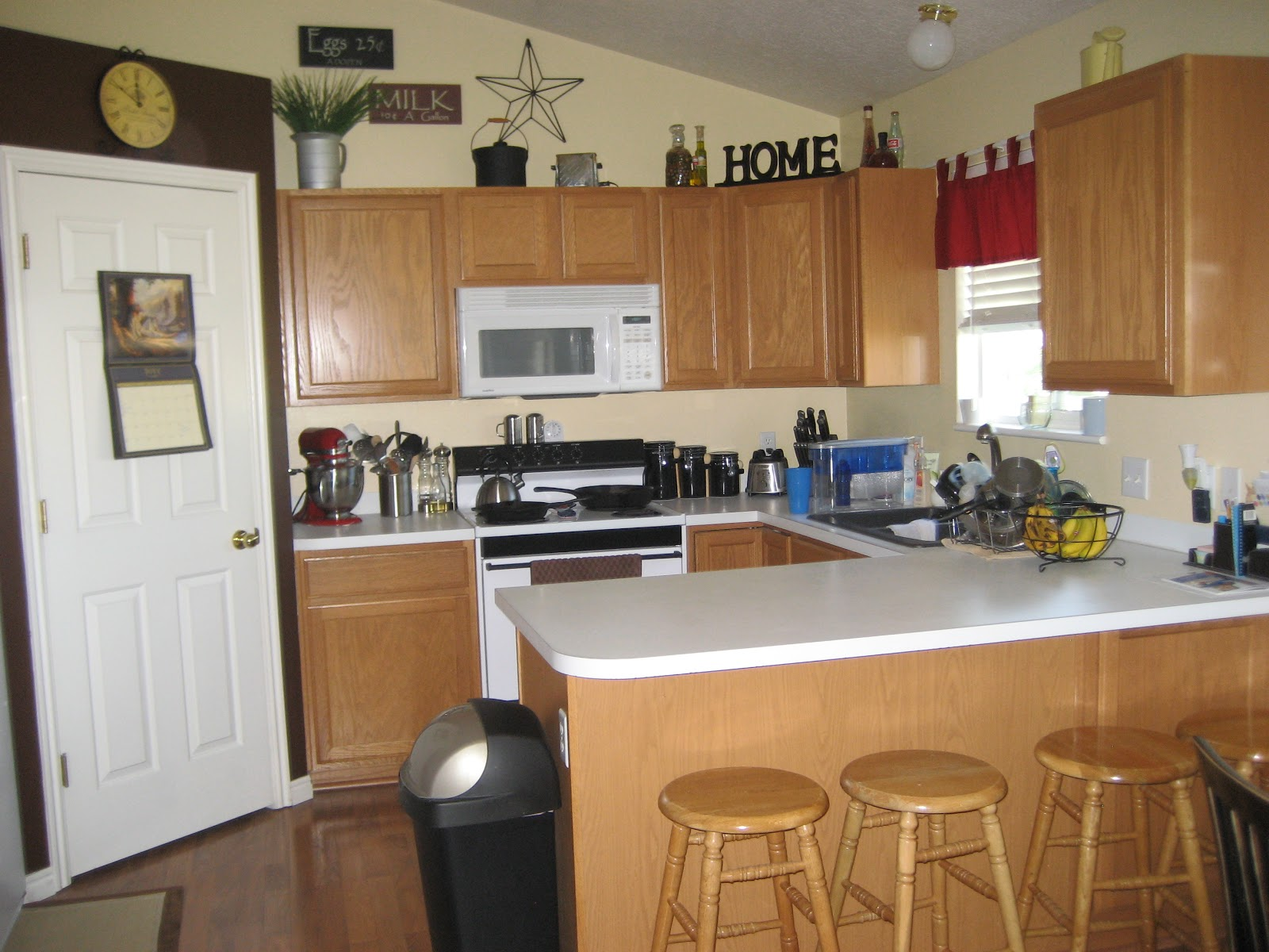 Space Above Kitchen Cabinets Inspiration Photo Gallery
