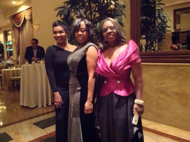 On The Red Carpet Selma Wins Best Picture At The Aafca Awards