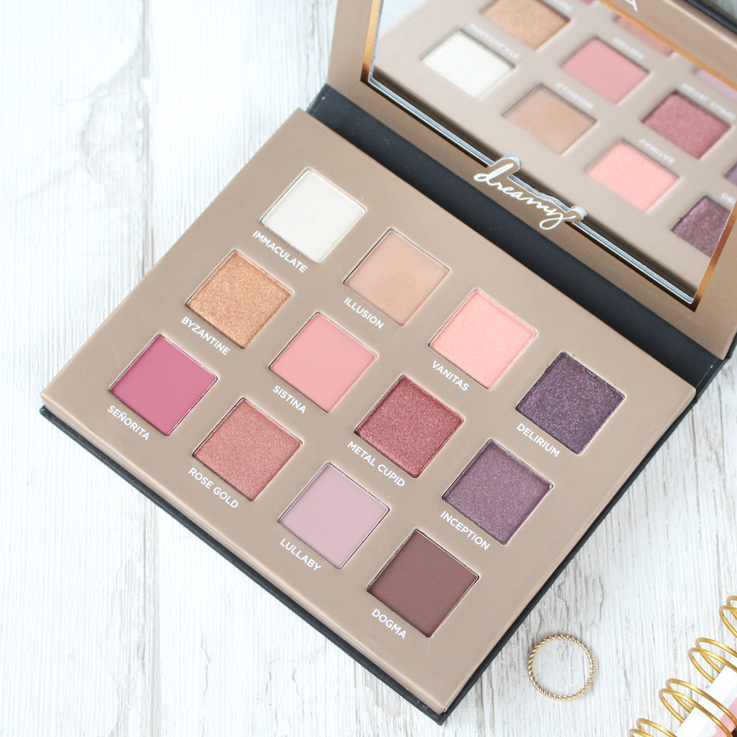 nabla-dreamy-eyeshadow-palette