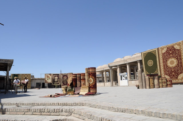 things to see and do in Bukhara Uzbekistan market