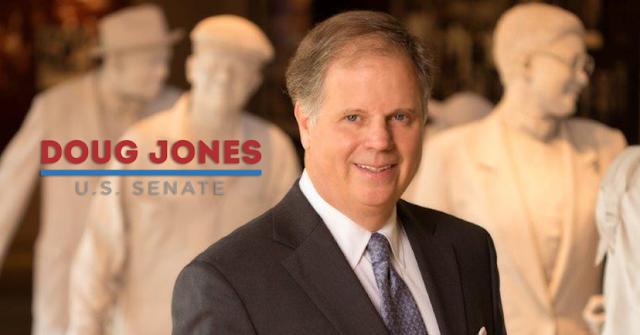 #USPolitics : Democrat wins Alabama Senate race in major upset, blow for Trump