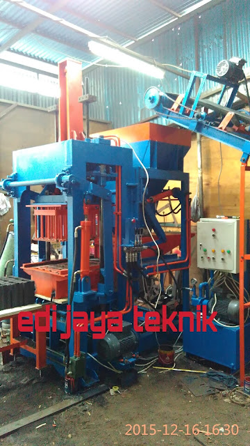 Mesin Press Batako / Paving Semi Otomatis