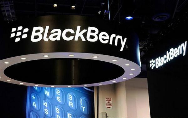 """صورة جديدة لهاتف بلاكبيري الجديد """"BlackBerry Mercury"""""""