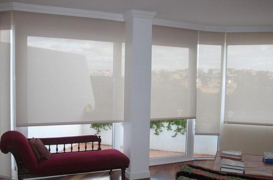 Estores en la manga del mar menor cortinas de cristal y for Estores para oficinas