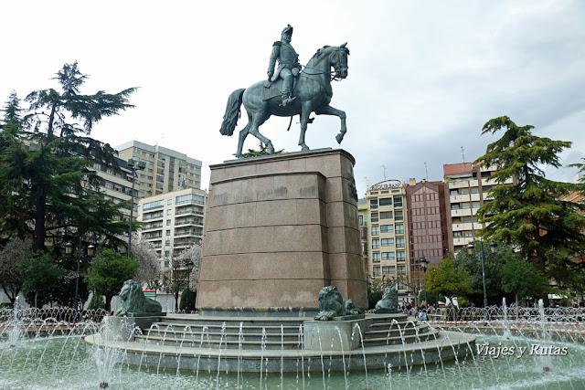 El Espolón y Espartero con su caballo, Logroño