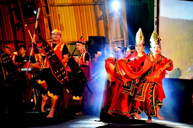 Penampilan Seni Budaya Nias Barat Dipuji Sekdaprovsu