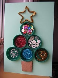 How-To: Kid-Friendly Bottle Top Xmas Decoration
