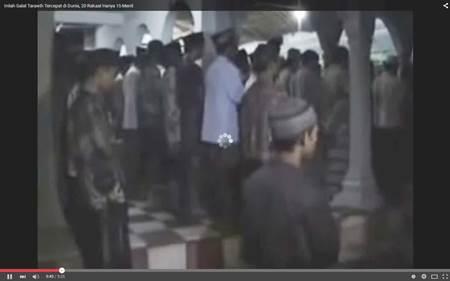 Video: Wahh.. Shalat Tarawih Tercepat di Dunia, Sebanyak 23 Rakaat Hanya 10 Menit