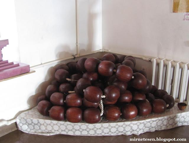Гигантские чётки в Дацане Ринпоче Багша, Улан-Удэ