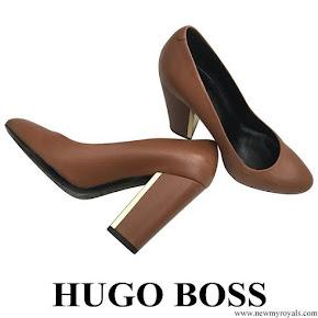 Queen Letizia wore Hugo Boss Camel Block Heel Pumps