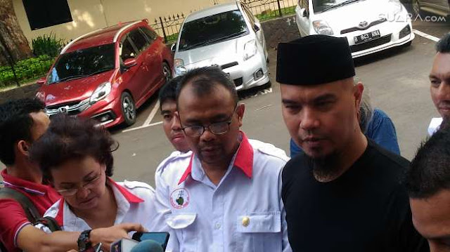 Digarap Penyidik Selama 1,5 Jam, Ahmad Dhani Demam