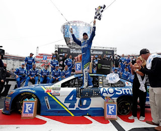 Defending Race Winner Jimmie Johnson #NASCAR
