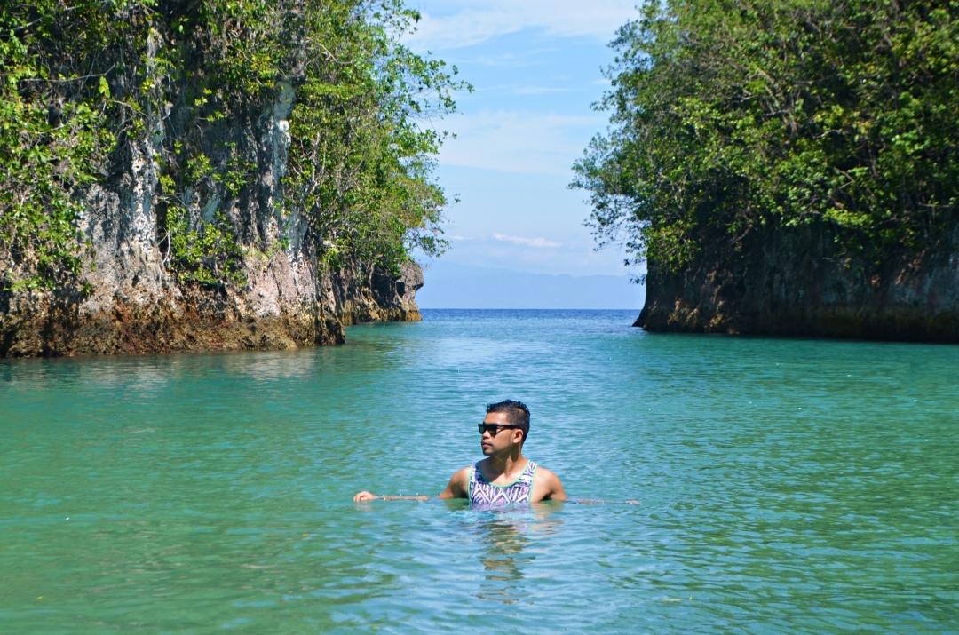 cebu-male-fashion-blogger-almostablogger-bojo-river.jpg