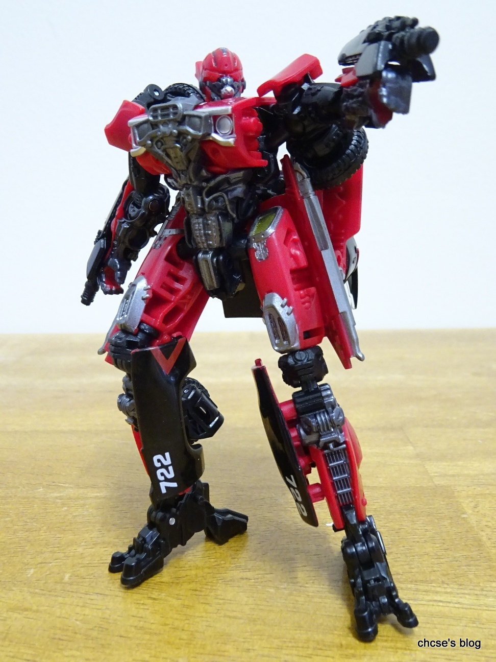 ChCse's blog: Toy Review: Transformers Generations Studio