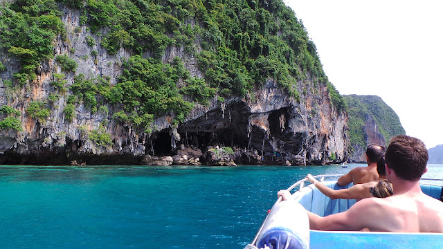 Viking Cave, Phi Phi Island, Pulau Terindah di Phuket