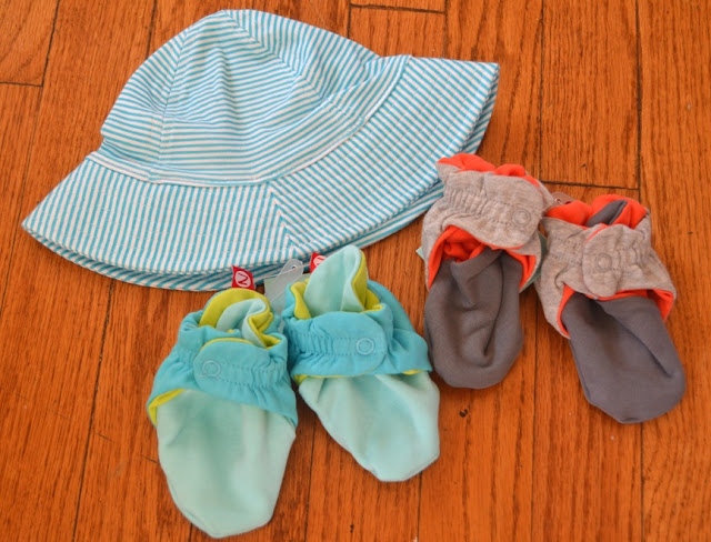 Zutano Booties and Sunhat