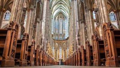 El interior de la Catedral de Colonia