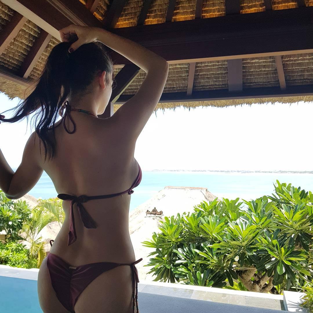 pia wurtzbach sexy bikini pics in bali indonesia 04