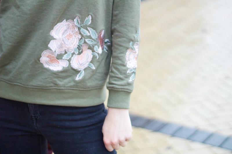 Embroidered jumper outfit